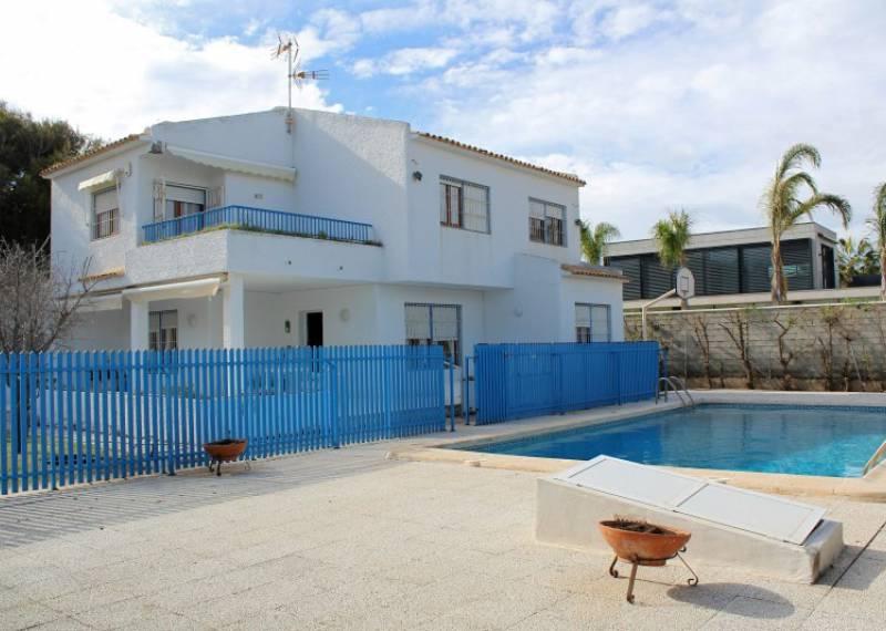 For sale: 5 bedroom house / villa in Alicante City, Costa Blanca